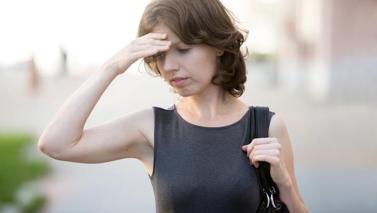 Opozorilni znaki možganske kapi se lahko pojavijo od sedem dni do nekaj ur prej – ukrepati pa je treba takoj! (foto: Profimedia)