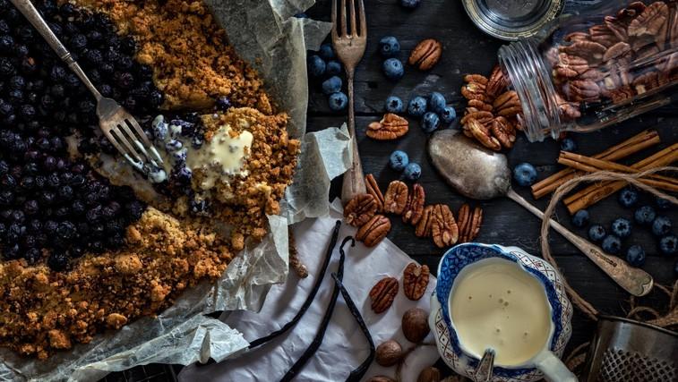 Recept: Borovničev hrustljavček za zajtrk (foto: profimedia)