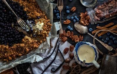 Recept: Borovničev hrustljavček za zajtrk