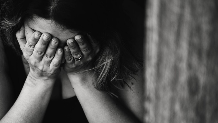 Smrti zaradi samomora lahko preprečujemo in pri tem lahko sodeluje vsakdo (foto: Kat Jayne | Pexels)