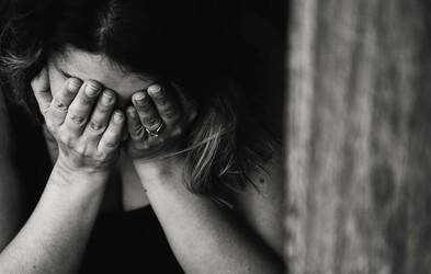 Smrti zaradi samomora lahko preprečujemo in pri tem lahko sodeluje vsakdo