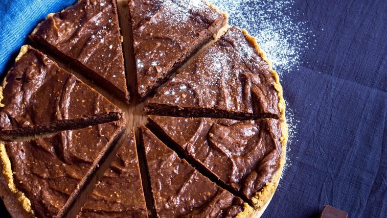 Recept: Čokoladna avokadova torta iz 5 sestavin (brez pečenja) (foto: profimedia)