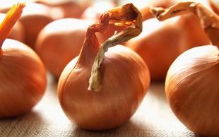 8 razlogov, zakaj je čebula super zdrava in se je ne smete izogibati