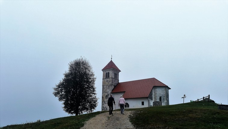 Popoldanski skok na hrib: sveta Ana pri Podpeči (484 metrov) (foto: DDD)
