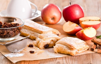 Najboljše jedi iz jabolk in odličen jabolčni koktejl (Recepti!)
