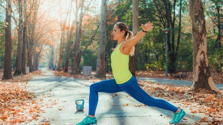 Tudi najbolj gibčni potrebujejo ogrevanje: poglejte, kaj jogistka doseže z ogrevanjem in brez (foto) (foto: profimedia)