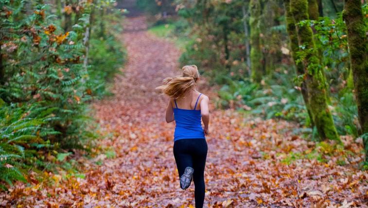 Na tek v naravo - ja, tudi jeseni in pozimi! (foto: profimedia)
