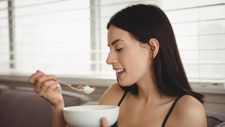 S čim vse lahko pripravite zdrav zajtrk? Imamo nekaj idej (tudi za sladkosnede!) (foto: profimedia)