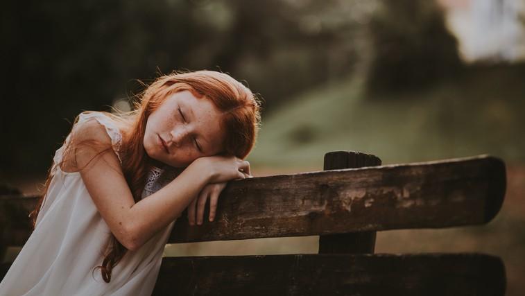 Če niste dobili dovolj ljubezni v otroštvu, imate verjetno naslednje težave (foto: pexels)