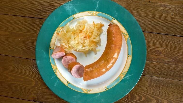 Recept: gorenjsko kosilo s kranjsko klobaso in zeljem (foto: profimedia)