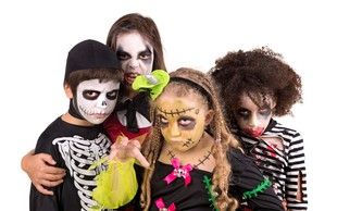 Domača zabava za noč čarovnic: 5 najbolj priljubljenih kostumov za otroke in odrasle