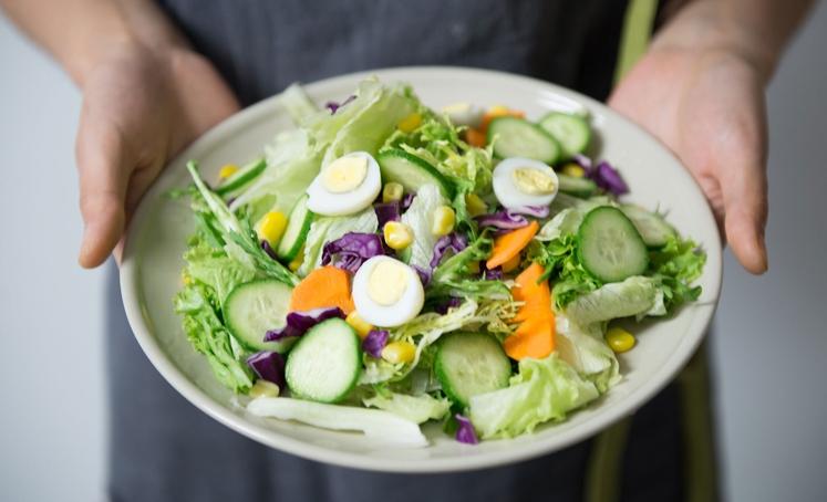 KETO DIETA Keto dieta – kot način za izgubo telesne teže – je postala popularna v zadnjih nekaj letih. Gre …