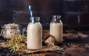 Tako preprosto doma pripravite kremasto ovseno mleko (z okusom)