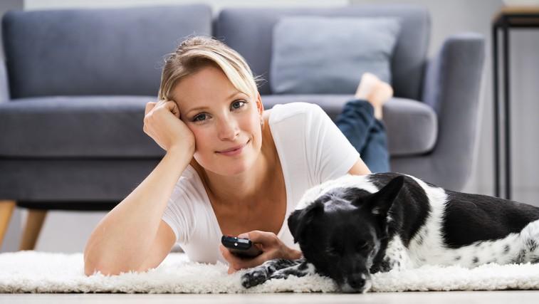 5 razlogov, zakaj lahko kakšen dan mirno ležite na kavču in se vam ni treba dokazovati, kako dobri ste (foto: profimedia)