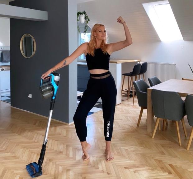 Znani Slovenki razkrivata: kako biti zaposlena mama in hkrati popolnoma fit (foto: PROMO)