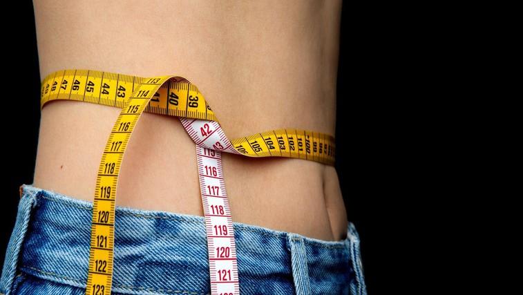 Preprost in učinkovit način, kako izgubiti kilograme (in se ne zrediti nazaj!) (foto: Profimedia)