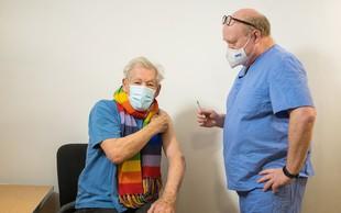 Sir Ian McKellen, zvezdnik trilogije Gospodar prstanov, cepljen proti virusu covid-19