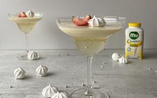 Recept za malo drugačno praznično sladico: Panakota z belo čokolado in penino