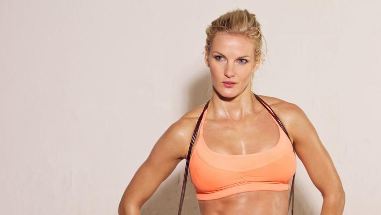 Želite izklesano telo? 5 koristi treninga za moč (Video: 25-minutni trening) (foto: profimedia)