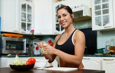 Zlato pravilo vitke postave: zjutraj ogljikovi hidrati, popoldne beljakovine