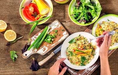 Lahko kosilo za vitek januar: zelenjavni kolač s kuskusom