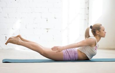 Kako močne so vaše trebušne mišice? Preizkusite s temi 4 vajami! (Zmorete?)