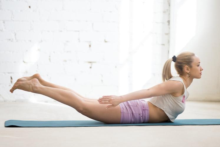 KOBILICA Vaja je odlična za delanje na lepi drži, krepi tudi spodnji del hrbta in odpre hrbtenico. Naredite jo tako: …