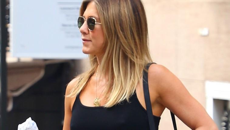 Jennifer Aniston razkriva: Ena vaja, s katero boste poskrbeli za lepe in čvrste roke (VIDEO) (foto: Profimedia)