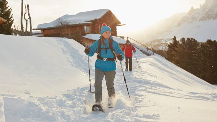 Hit letošnje zime: krpljanje – popoln užitek na snegu, ki je odličen trening za celo telo (+ lokacije po Sloveniji) (foto: profimedia)