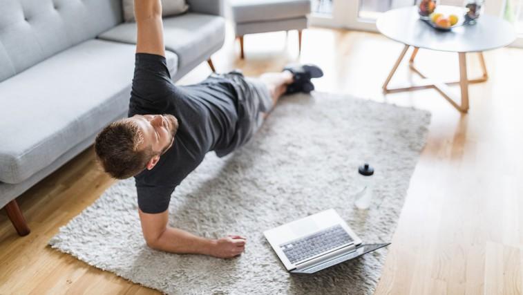 Ta trening z lastno težo je popoln za začetnike (VIDEO) (foto: Profimedia)