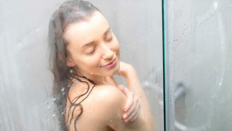 Mrzla ali vroča prha? Katera ima več dobrih učinkov na telo? (foto: profimedia)