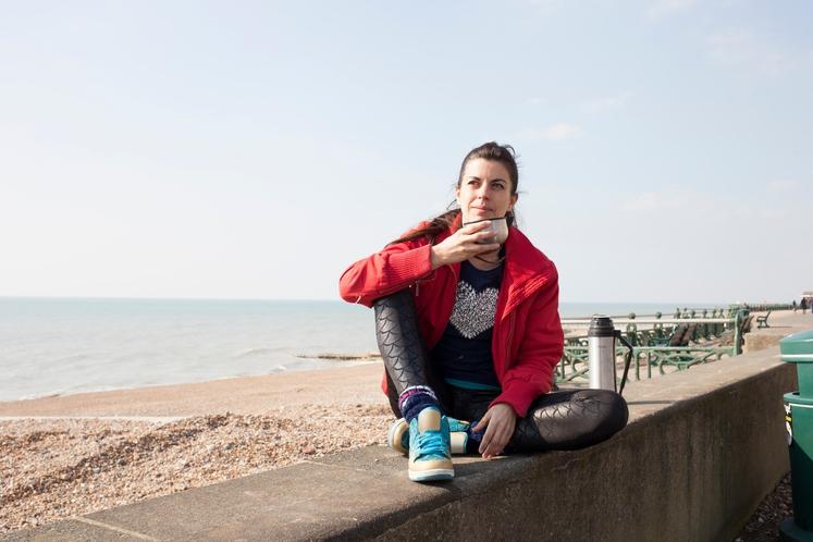 LAŽJE IN HITREJŠE OKREVANJE Če pred vadbo spijete skodelico kave, v telesu sprožite protivnetni odziv, kar vam pomaga po vadbi, …
