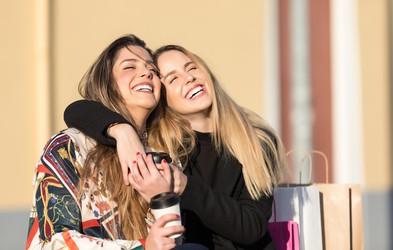 Horoskop in prijateljstvo: Kaj lahko pričakujete od svoje najboljše prijateljice?