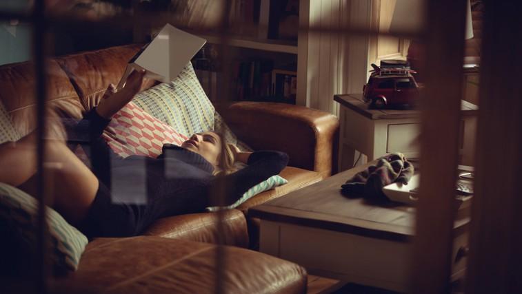 Večeri brez televizije: 5 (po našem mnenju najboljših) klasičnih romanov, ki jih morate prebrati (katerega bi še dodali?) (foto: Profimedia)