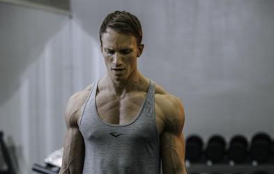 Kako do fit telesa? Brez izgovorov in s TEM trenerjem