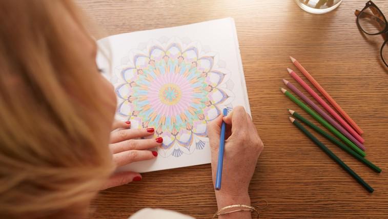 10 zelo dobrih razlogov, zakaj bi morali tudi odrasli redno barvati (foto: Profimedia)