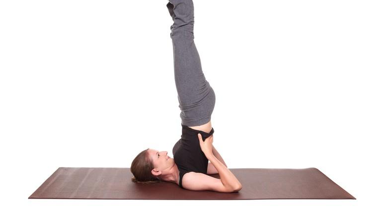Imate nizek pritisk? Potem vsak dan naredite TO vajo (pomaga tudi pri delovanju ščitnice!) (foto: profimedia)