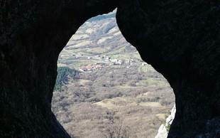Otliško okno - prijeten vzpon, ki nagradi s čudovitim pogledom na Vipavsko dolino