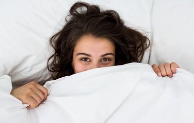 Kako pogosto bi morali menjati posteljnino?