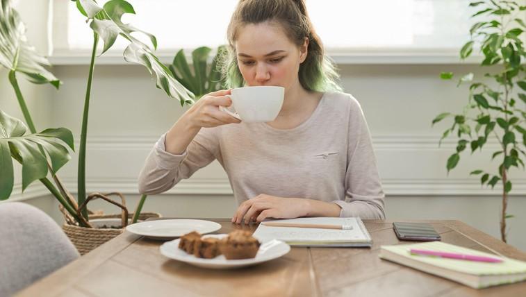 Spomladanski recept: Čemaževe mini čajne tortice (foto: Profimedia)