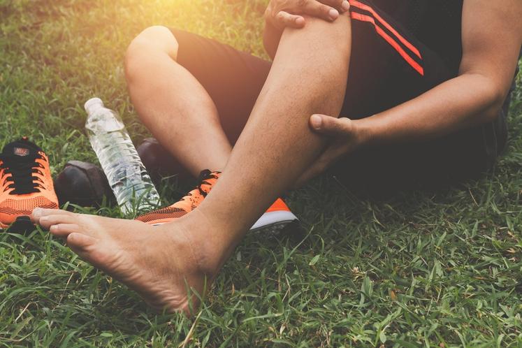 ZAKAJ SE MIŠIČNI KRČI POJAVIJO? Krči so lahko pokazatelji veliko različnih problemov, ki se dogajajo v telesu. Če ste čez …