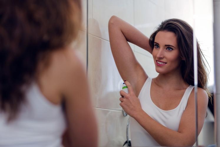 UPORABITE PREVEČ DEZODORANTA Sliši se nasprotujoče, saj z dezodorantom poskrbimo za lep vonj. Če ga uporabljate prepogosto ali v prevelikih …