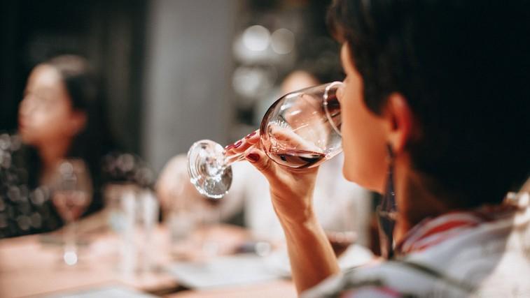 5 zanimivih (in zaskrbljujočih) dejstev o alkoholu (foto: Helena Lopes | Pexels)