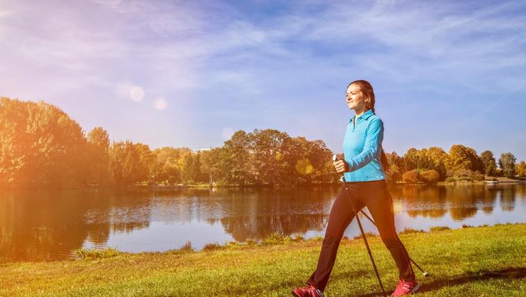 Hoja in hujšanje: Lahko 30 minut hoje ob točno določenem času pomaga pokuriti več maščob? To pravi strokovnjak ... (foto: Profimedia)