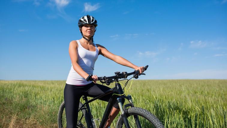 5 razlogov, zakaj so izleti z električnim kolesom prijetna izkušnja (in bi morali poskusiti tudi vi!) + kolesarska tura po Sloveniji (foto: profimedia)