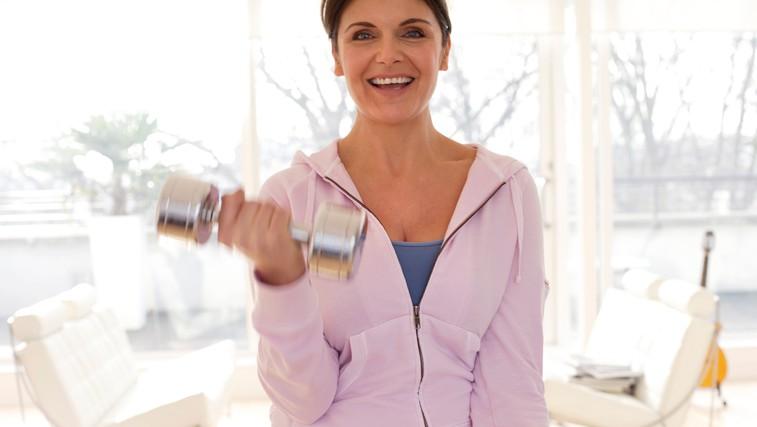 Nekaj napotkov, kako izgubiti odvečne kilograme po 40. letu (foto: Profimedia)