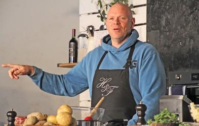 Kako je Tom Kerridge, chef z Michelinovimi zvezdicami, shujšal 70 kg in ostal srečen (+ recept iz njegove knjige)