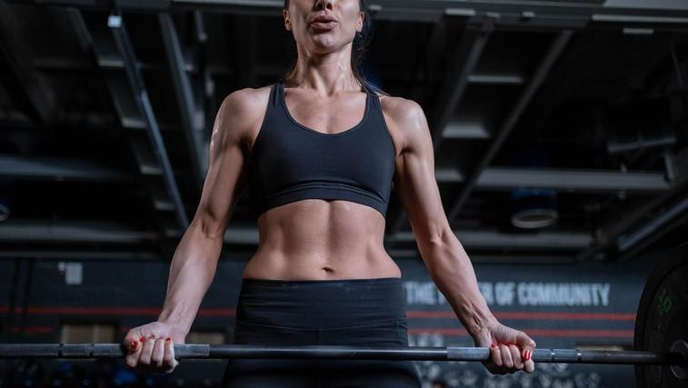 10 stvari, ki sem se jih naučila, ko sem šla skozi preobrazbo telesa (foto: Cottonbro | Pexels)