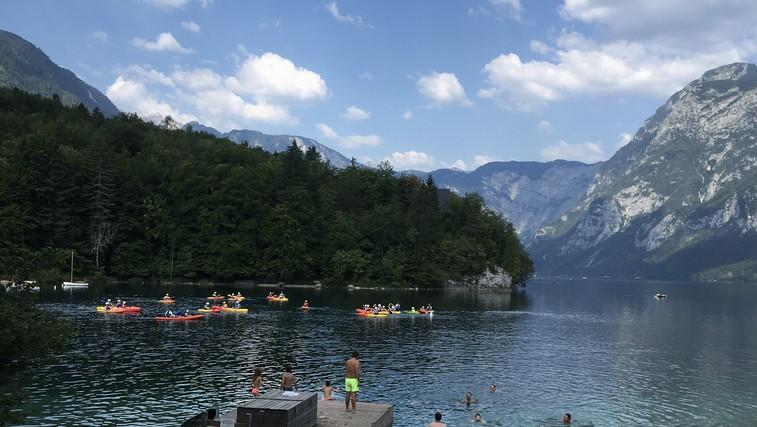 Na Bohinjskem jezeru nove prepovedi: zakaj boste po novem dobili kazen ali opomin? (foto: DDD)