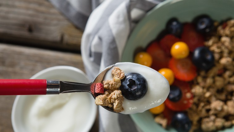 V Hollywoodu trenutno prisegajo na jogurtovo dieto (foto: Profimedia)
